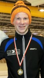 Martijn Weber met zijn eerste prijs van de marathoncompetitie (foto Jeroen Happel)
