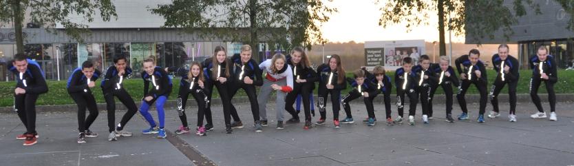 """De schaatsploeg van """"De Vennen"""" in het seizoen 2015/2016 (Foto Mariny van Esch)"""